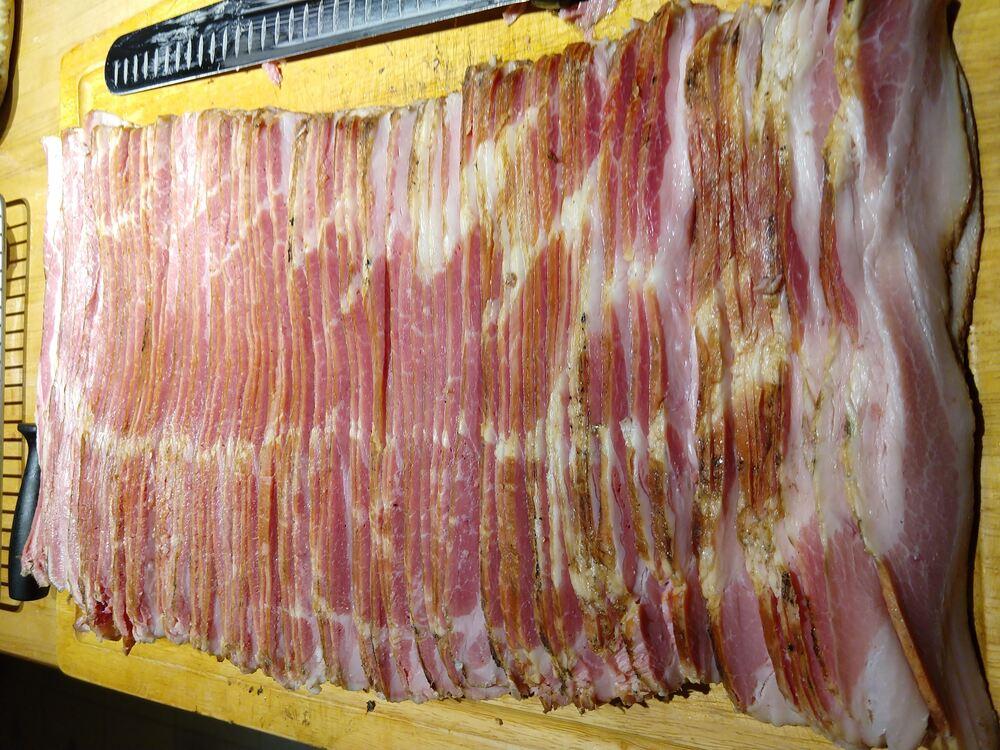 more sliced bacon